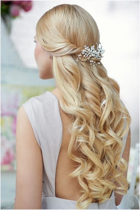 prom hairstyles half up half down curly medium hair prom hairstyles curly half up