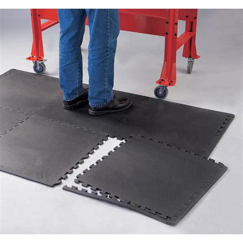 Garage Work Mat by 24 Sq Ft Anti Fatigue Work Mat Pack 115626 Garage
