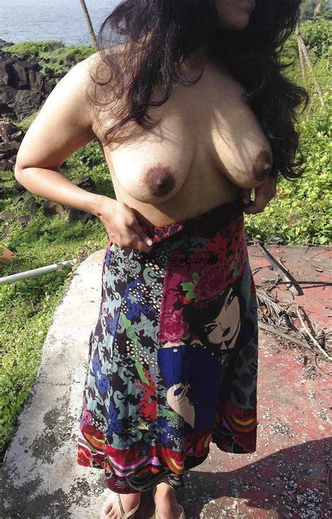 Indian Desi Aunty And Bhabhi Nude Photo Indian Desi Village Aunty Doodh Chut Outdoor Naked