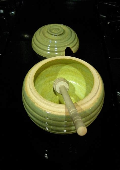 ceramic honey pot will this attract bears just saying pottery i want to make