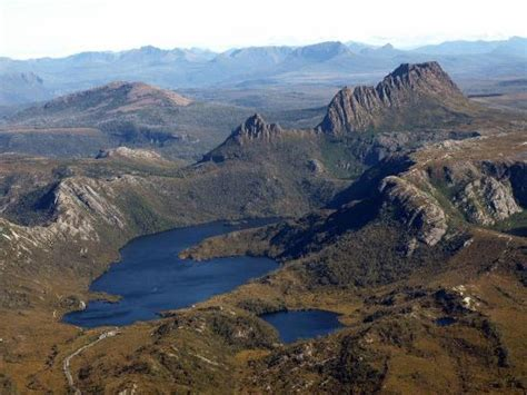 cradle mountain helicopters cradle mountain lake st