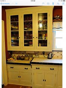 1920 kitchen cabinets kitchen cabinets 1920s 1930s krazy for kitchens