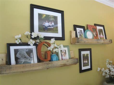 Superbe Cuisine En Palette Bois #7: Etagere-murale-meubles-en-palette-meuble-recup-fabriquer-canape-a-vin-e1473690354394.jpg