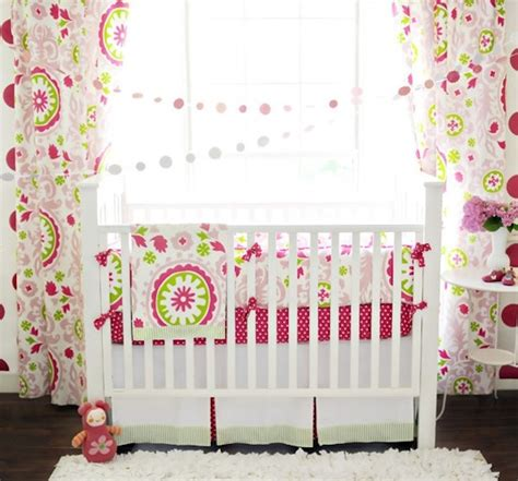 crib bedding patterns choosing creative baby bedding for your little one