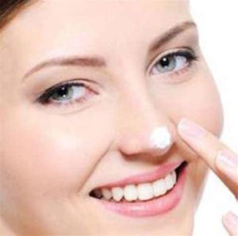 pasta gigi ampuh menghilangkan komedo