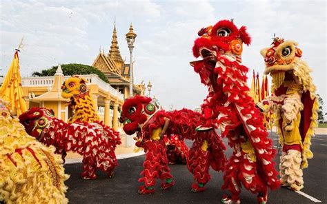 new year delivery china new year in pictures asia prepares to celebrate