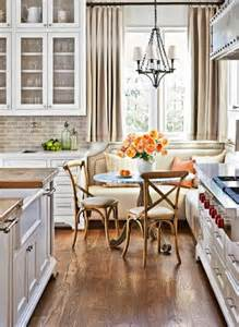 Banquettes In Kitchens by 7 Ideas For Kitchen Banquettes Midwest Living