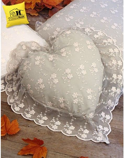 cuscini country chic 91 best cuscini e copricuscini shabby country chic