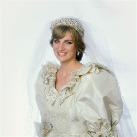 princess diana s sons princess diana s wedding dress to be inherited by her sons