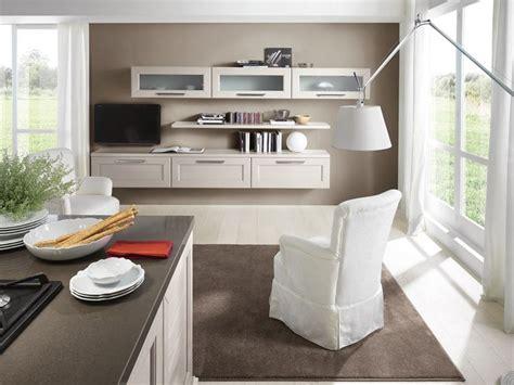 lube soggiorni i consigli per arredare una cucina quadrata senza errori
