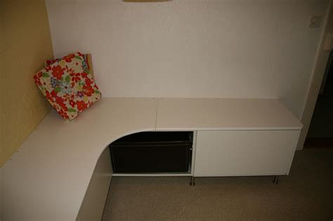 looking banquette from the akurum ikea hackers