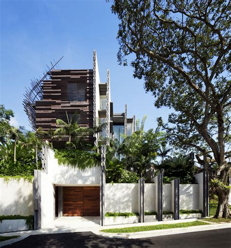 nest house by woha architects 1 homedsgn