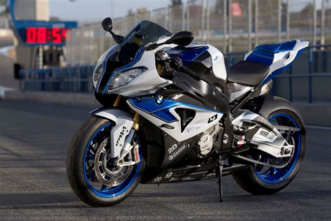 Bmw Motorcycles 2014 by 2014 Bmw Hp4 Review