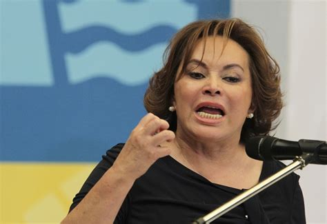 elba esther gordillo that can buy a lot of apples mexican teachers union head