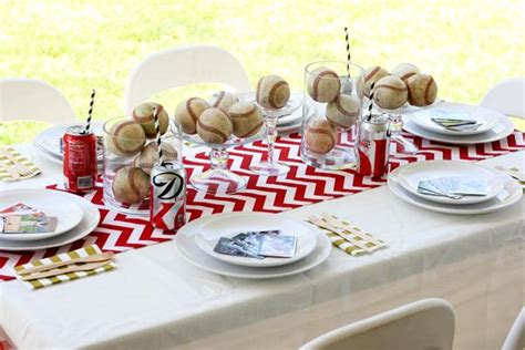 Baseball Table Decoration Ideas by Decorations And Table Setting For A Baseball Themed