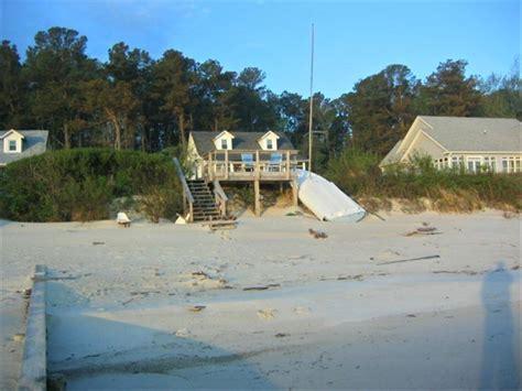 quiet cottage on white sand beach of chesapeake