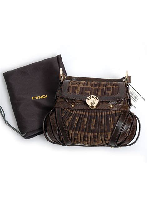 Travel Bag Kanvas Bendera 17 best images about vintage fendi my all time favorite
