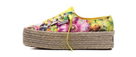 co dei fiori scarpe tendenze moda a fiori primavera estate 2016