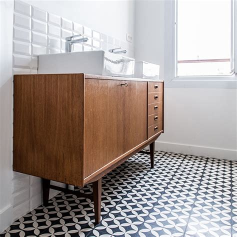 Bien meuble vasque pour petite salle de bain #1: Meuble-vasque-commode-photo-Royal-Roulotte-une.jpg
