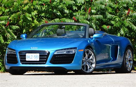 blue review car review 2015 audi r8 spyder v10 5 2l driving