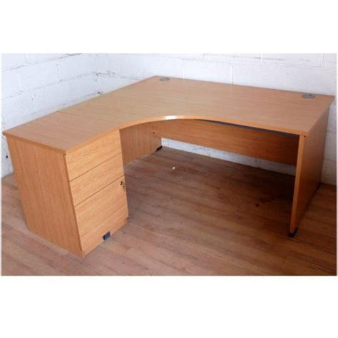 Second Office Desks Uk by Second Office Furniture Free Delivery In Essex M25