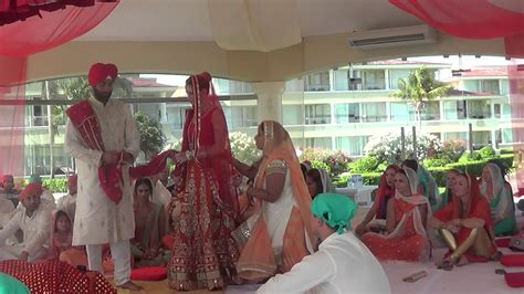 Wedding Ceremony Meaning Meaning Of The 4 Pheras In A Sikh Wedding Ceremony Wedabout