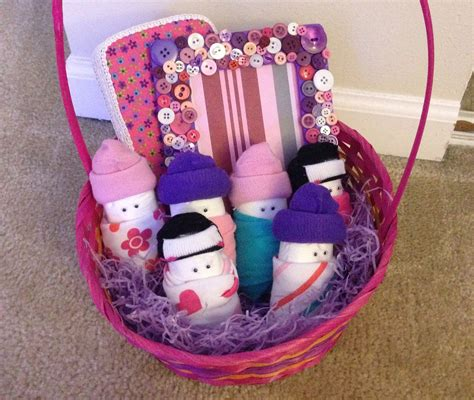 Handmade Baby Gift Baskets - its written on the wall ideas for your baby shower