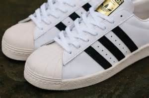 Hombres De Las Adidas Originals Superstar 2 Year Of The Snake Casual Zapatos Negro Rojo Zapatos P 465 by This Is The Only Adidas Superstar That You Need Highsnobiety