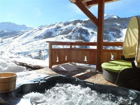 hotel con vasca idromassaggio in cania charming chalet mountain view and ski slopes