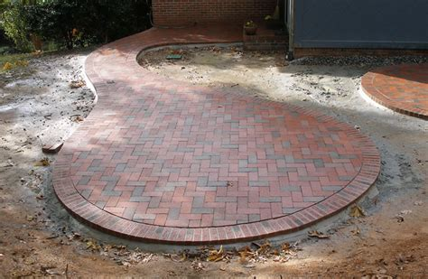 brick patio patterns circular brick design