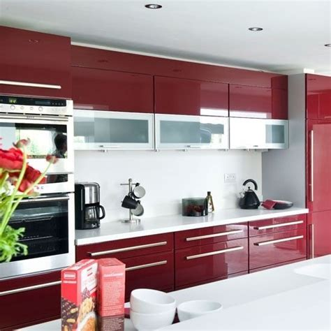 15 high gloss kitchen designs in bold color choices home 16 best kitchen decor images on pinterest homes rouge