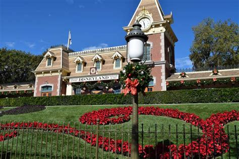 when do they put up decorations at disneyland 28 images