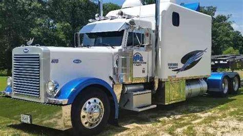 Semi Truck Condo Sleeper by Peterbilt 379 2000 Sleeper Semi Trucks