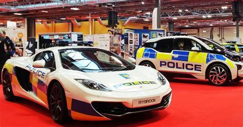 police mclaren mclaren unveils britain s fastest police car at nec