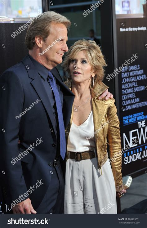 fonda jeff at the los angeles premiere for