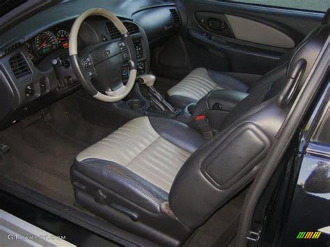 ebony black interior 2001 chevrolet monte carlo ss brickyard 400 pace car photo 45509595