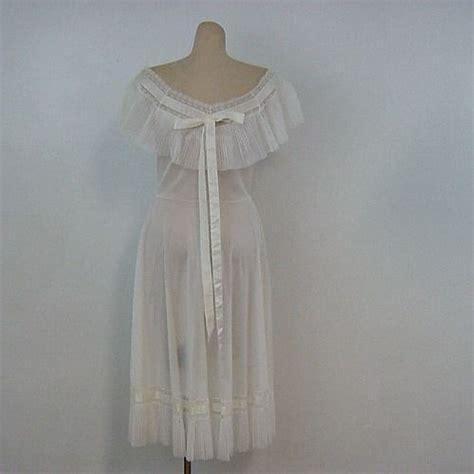 50s white vanity fair pleated gown 36b 27w