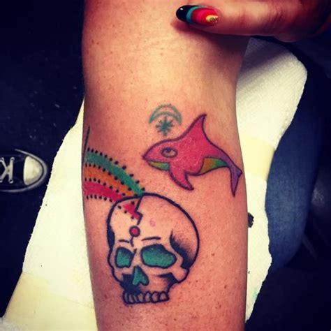 kesha tattoos kesha s tattoos meanings style