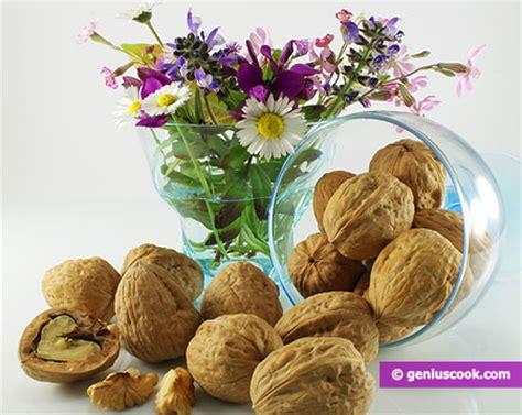alimenti utili alla prostata le quot noci quot contro il cancro alla prostata diete