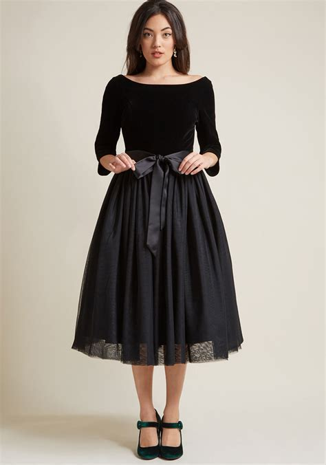 clothes to wear for a women in mid 30 collectif classy midi fit and flare dress modcloth