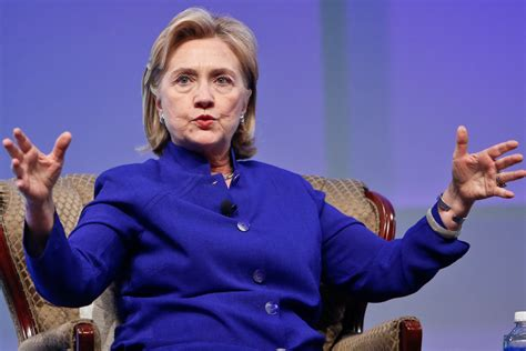hillary clinton latest biography hillary s biggest fear the economy stupid new york post