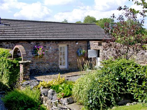 Friendly Cottages Lake District Breaks by Cherry Tree Cottage Friendly Cottage In Soulby The