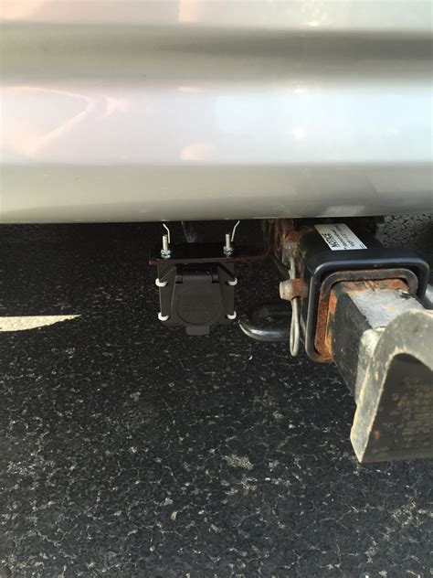 towbar wiring light for trailer surge brakes