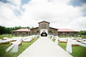 kasey and nick married at equine country usa a horse boarding and training facility the ceremony