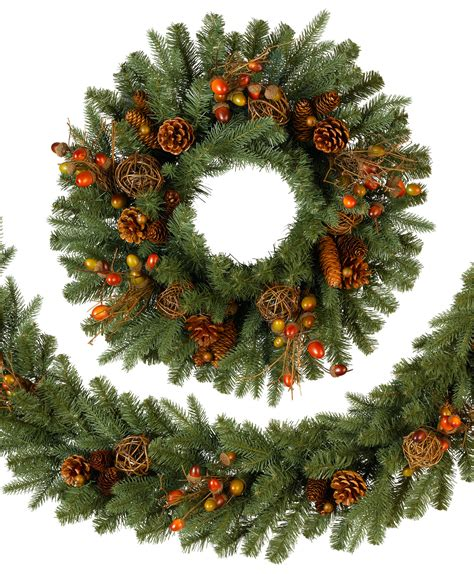 countryside christmas wreath tree classics