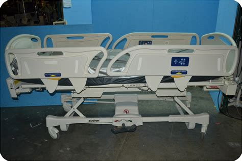 stryker hospital beds stryker fl28ex all electric hospital patient bed 138655 ebay
