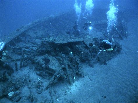 the wreck of the september 2011 the undertow
