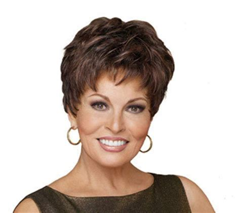 qvc women hair styles raquel welch winner tapered wave layered wig page 1