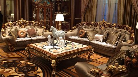 Procedure of purchasing a luxury living room furniture home decor
