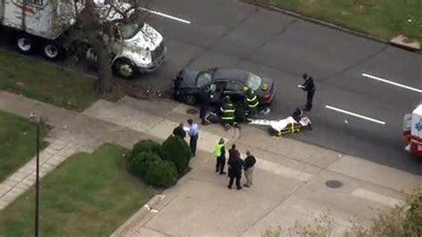 car crash philadelphia crash shuts section of roosevelt boulevard in northeast philadelphia 6abc